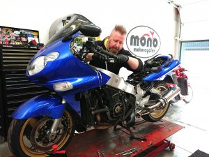 As we caught up a little on Wednesday afternoon, Daniel was able to get back on 'Big Blue' (Daniel's Kawasaki ZZR1200)