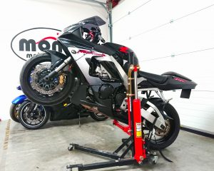 We began last week with welcoming the Honda Fireblade which joined us for some new tyre & essential upgrades to the brakes.