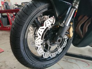 The Fireblade was on her way to a track day & our customer was very aware of the need to 'stop!' effectively.
