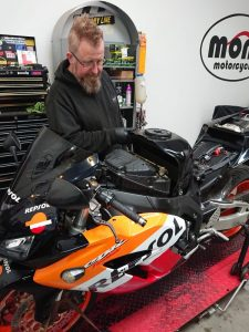The Fireblade's owner, one of our regular customers, wanted to ensure that despite the service book having been previously stamped regularly, that the Fireblade was in tip top road condition.